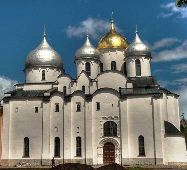 top25_velikolepnye_zdaniya_cerkvey_06