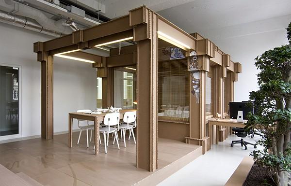 cardboard_office_02