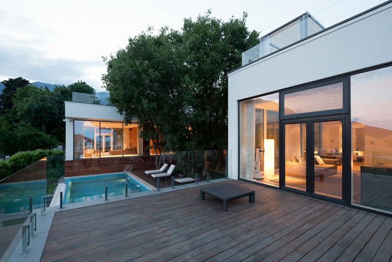modern_villa_in_Kryme_1