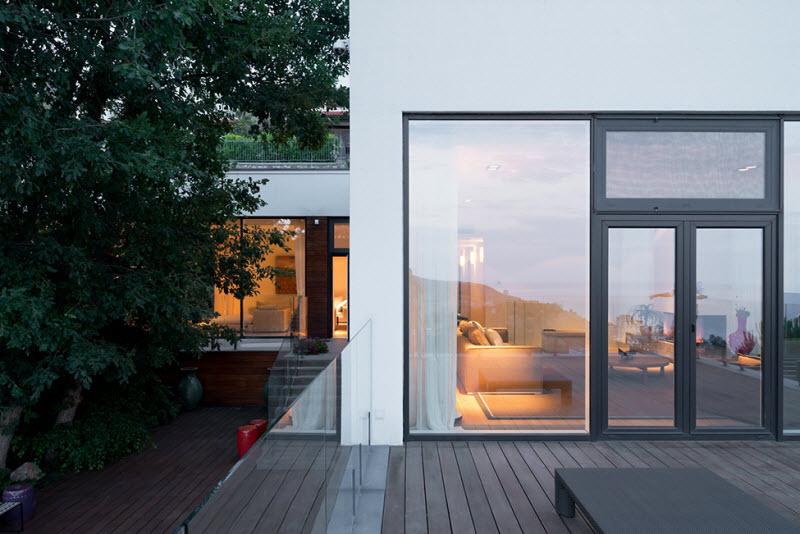 modern_villa_in_Kryme_2