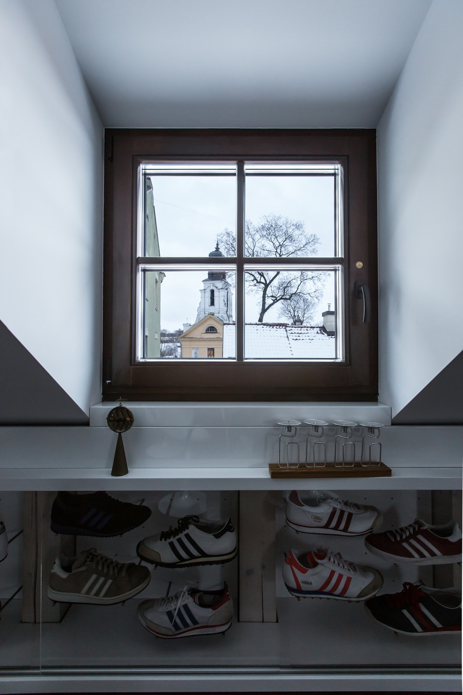 Interior_attic_studio_YCL_12