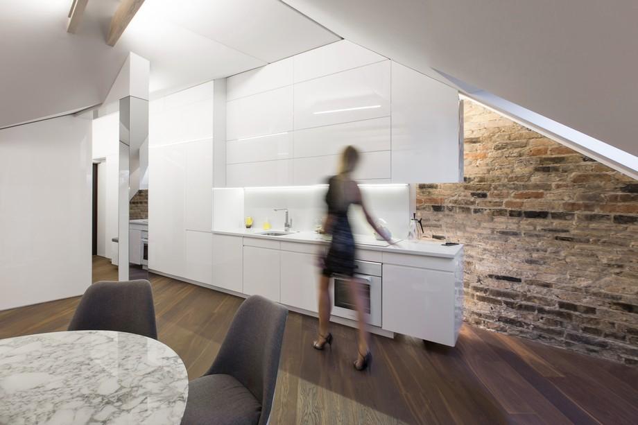 Interior_attic_studio_YCL_2