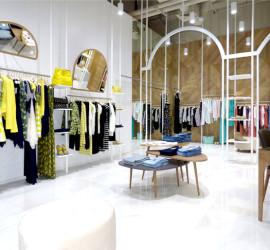 Магазин современной одежды от Think Forward Design Studio