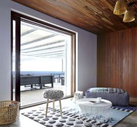 Пуфы, подушки и ковры ручной работы от дизайн студии Gandia Blasco.