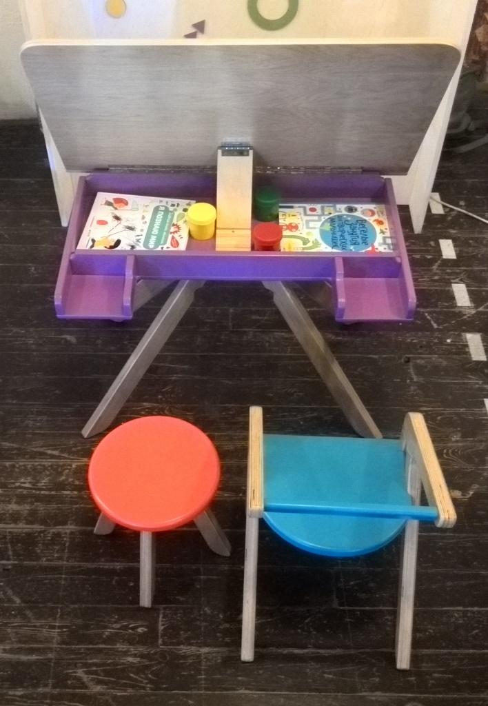 """Безопасная детская мебель от компании: """"MOONK"""""""