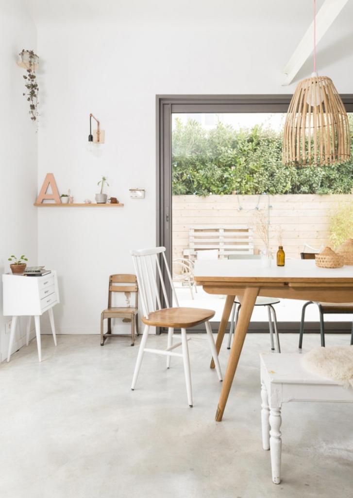 Минималистичная гостиная в скандинавском стиле